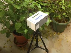 Continuous radon monitor in Los Angeles home